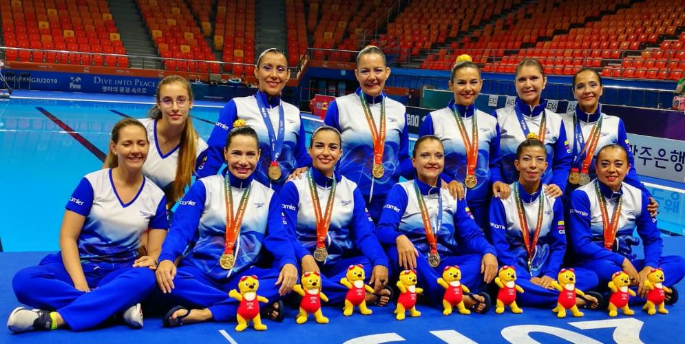 'Delfines del Valle' se coronaron campeonas de nado artístico en Seúl