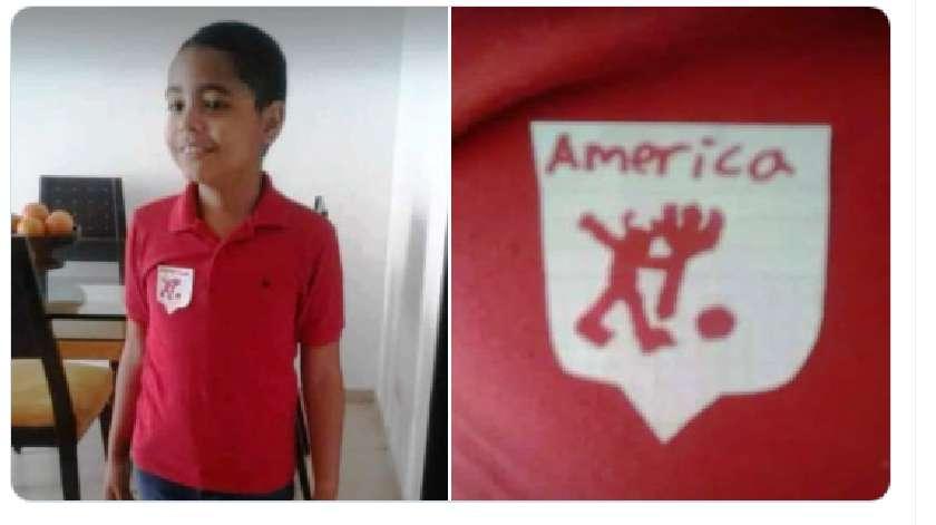 Niño conmueve la redes al dibujar el escudo del América en su camiseta