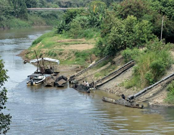 Se está secando el Río Cauca  por el intenso calor