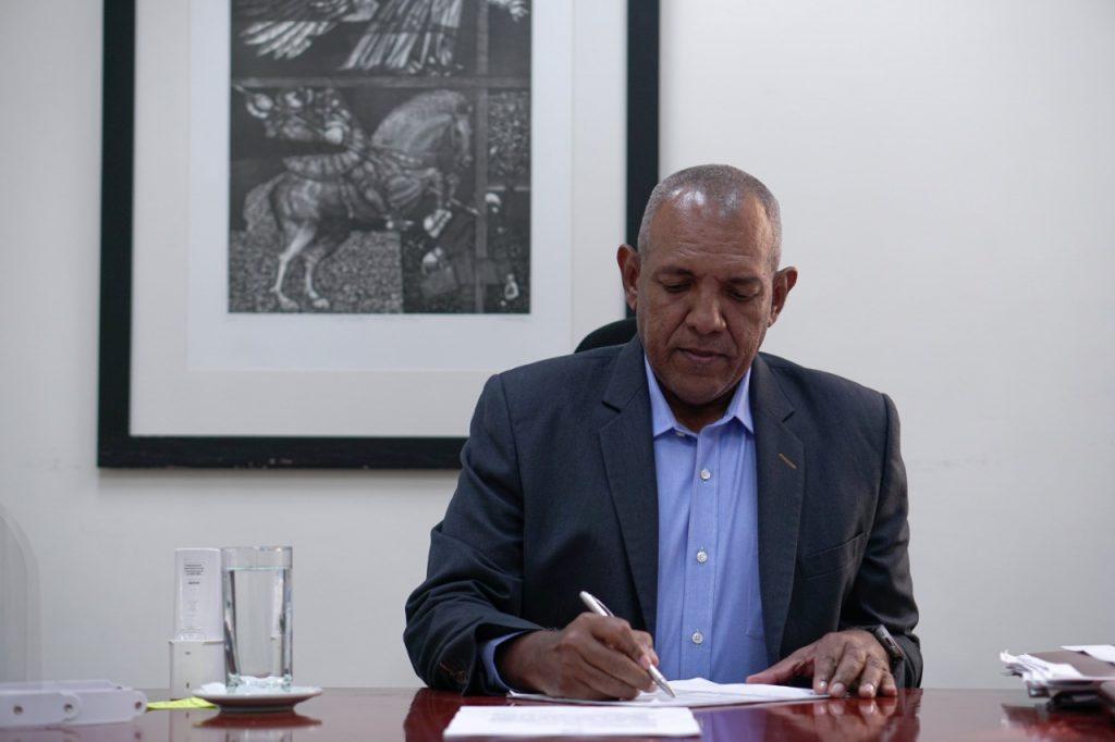 Institutos Financieros insisten ante MinHacienda para el manejo del Ingreso Solidario