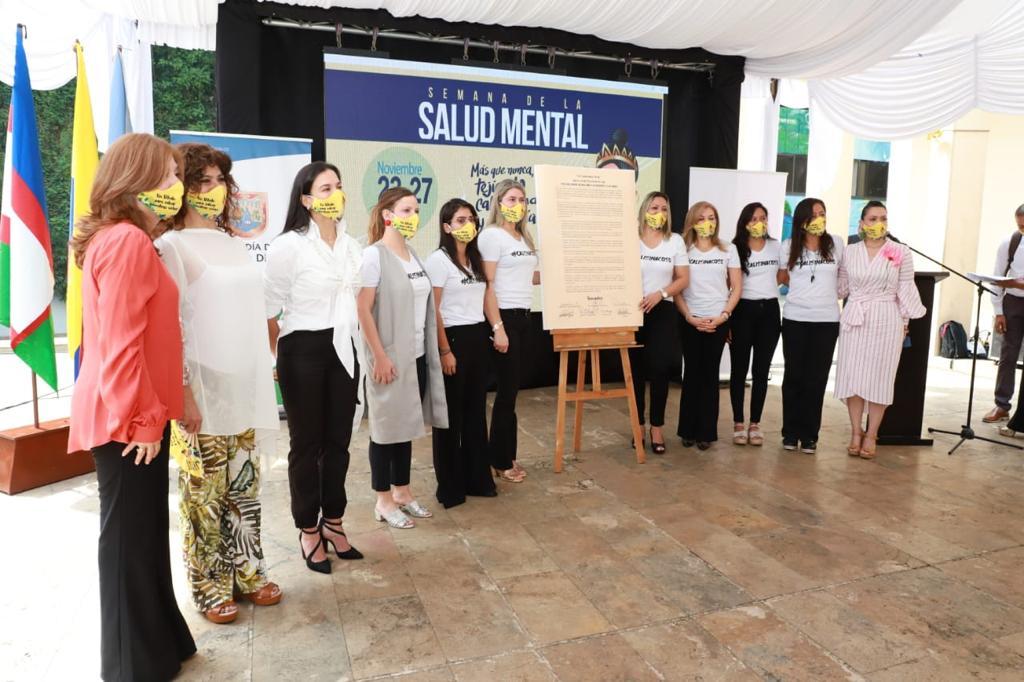 Firman pacto por la vida y los derechos de las mujeres en Cali