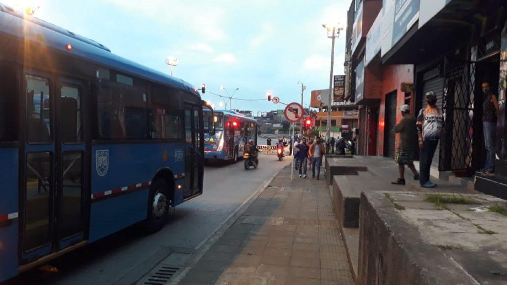 Bloqueos en el centro Conductores del MIO protestan por falta de pago