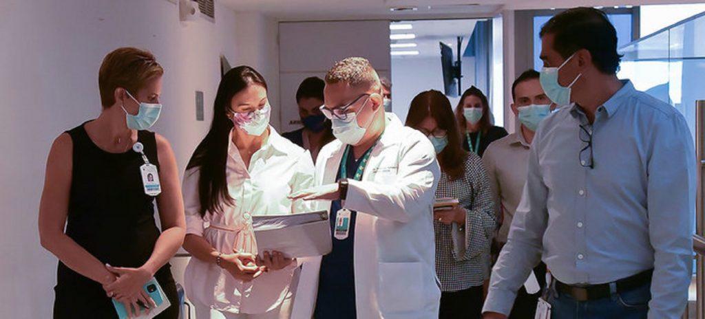 EPS e IPS en Cali ya tienen los nombres de los primeros vacunados
