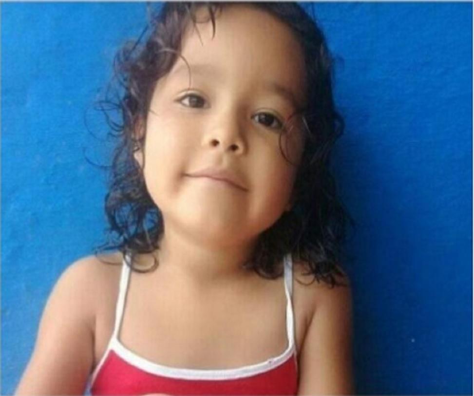 Buscan a niña de tres años que se llevó su padre en Terrón Colorado El pasado 13 de noviembre, Heydi Dayana Otálora fue visitada por su padre en el barrio Terrón Colorado de Cali, desde entonces se desconoce su paradero.