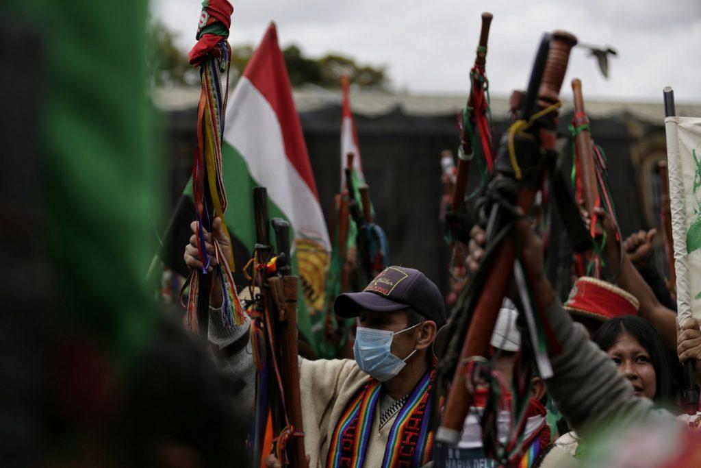 Ataque a minga indígena deja varios heridos en el Cauca