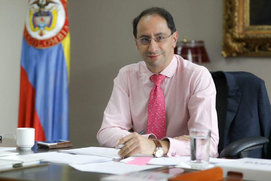 Buscan consenso para presentar una nueva reforma tributaria, MinHacienda