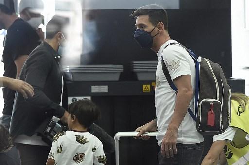 Messi viaja a París y su padre confirma el fichaje con PSG