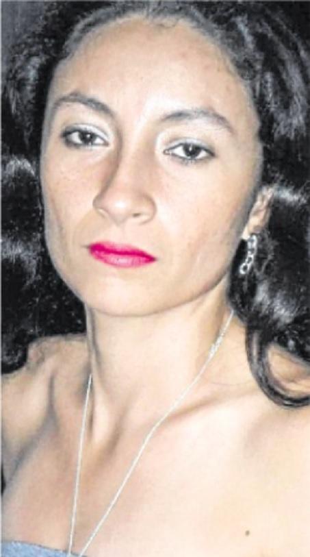 Ella era Yenni, la mujer a la que su asesino primero le dio flores