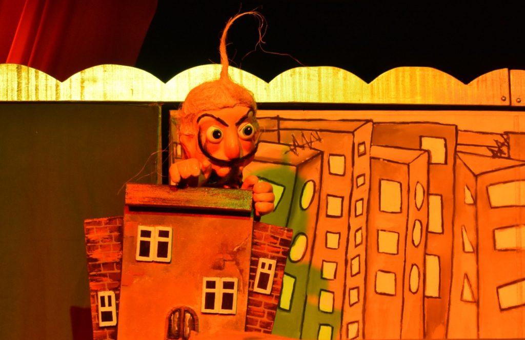 'La tortuga del copete azul' se presenta este viernes en el Teatro Salamandra