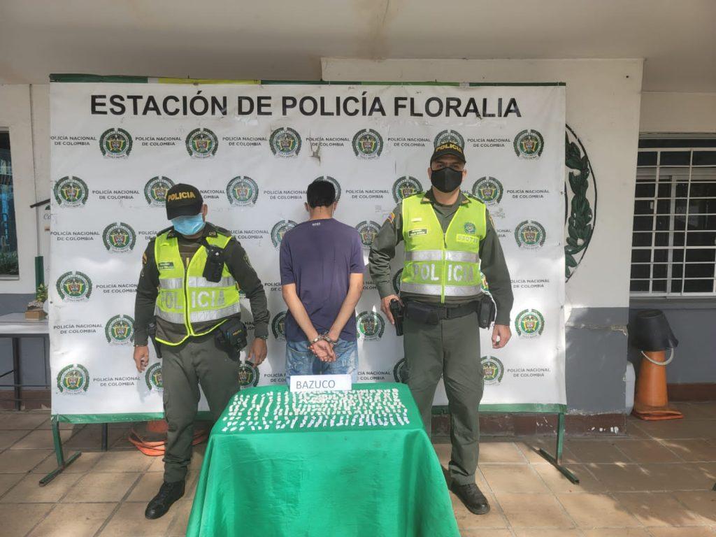 Cogieron a un jíbaro con 355 papeletas de cocaína en Floralia